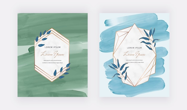 Tarjetas de diseño de acuarela de trazo de pincel azul y verde con marcos geométricos de mármol.