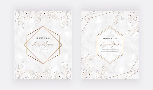 Tarjetas de mármol con hojas, marcos geométricos de líneas doradas. plantillas de moda