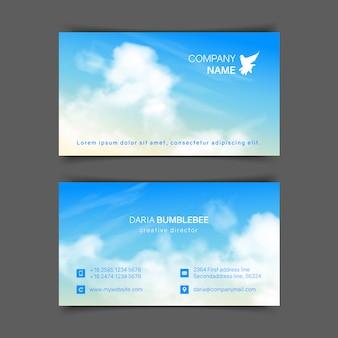 Tarjetas de presentación horizontales a doble cara con cielo azul beige realista