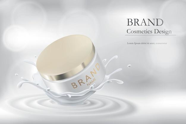 Tarro de crema realista en un chorrito de leche. envasado de productos cosméticos