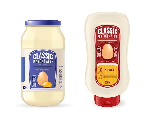 Tarro de mayonesa de vidrio realista y botella de plástico. envasado de salsa.