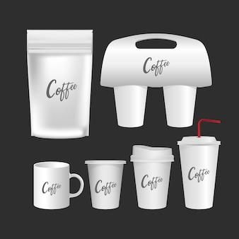 Taza en blanco, conjunto realista de la taza de café aislado sobre fondo blanco.