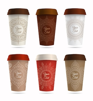 Taza de café o té de papel y juego de adornos.