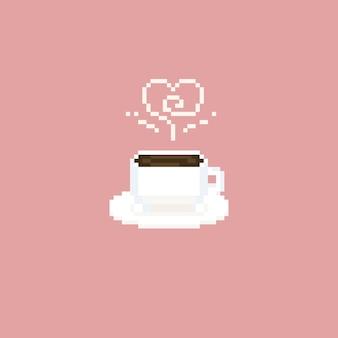 Taza de café pixel con humo de corazón.