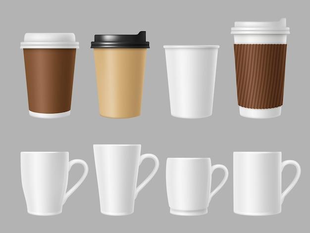 Tazas de café maqueta. tazas blancas y marrones en blanco para café caliente. plantilla realista de vasos de papel y cerámica.