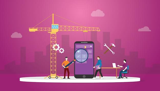 Tecnología de desarrollo de aplicaciones móviles con equipo de desarrollo y grúa con fondo de ciudad y estilo plano moderno.