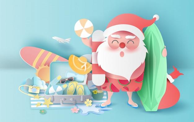 Temporada de navidad de verano con concepto de maleta.
