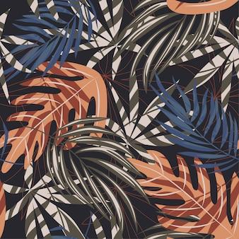 Tendencia de patrones sin fisuras con coloridas hojas tropicales y plantas sobre fondo marrón