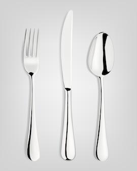 Tenedor, cuchara y cuchillo.