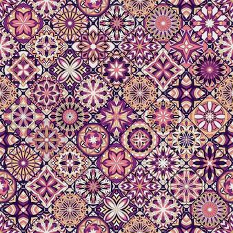 Textura transparente floral adornada, patrón interminable con elementos vintage mandala.