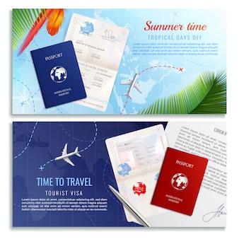 Tiempo para viajar pancartas realistas con maquetas de pasaporte biométrico y formulario de solicitud de visa de turista realista