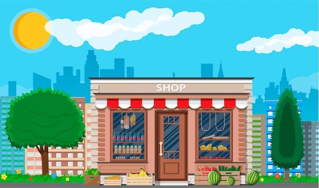 Tienda de productos diarios en la ciudad