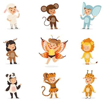 Tipos de disfraces de animales disfrazados felices y listos para la fiesta de disfraces de halloween colección de lindos bebés disfrazados