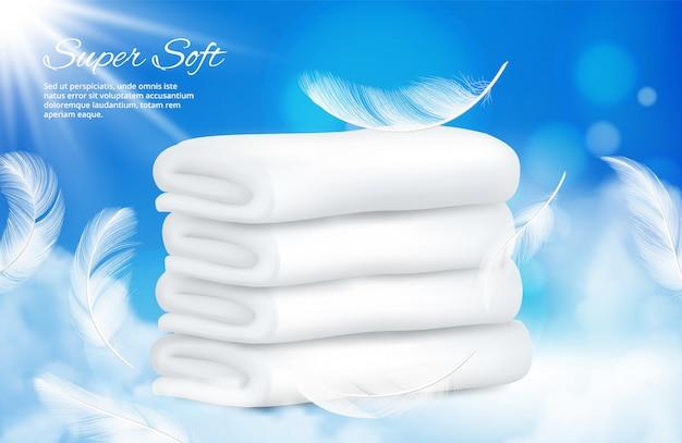 Toallas realistas de fondo. toallas blancas con plumas