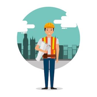 Trabajador constructor con planos en el fondo de la construcción