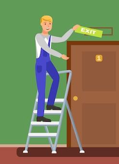 Trabajador no calificado en la escalera