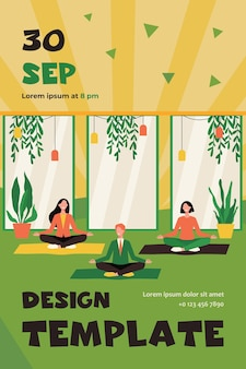 Trabajadores de oficina felices haciendo yoga, sentados en posición de loto sobre colchonetas y meditando. plantilla de volante