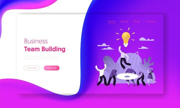 Trabajo en equipo creativo éxito empresarial personas trabajan página de destino.