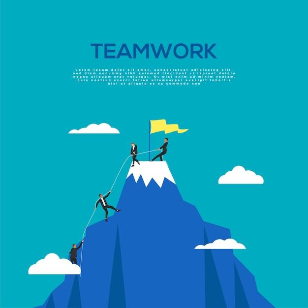 Trabajo en equipo del empresario llegando al concepto top