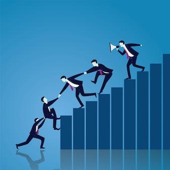 Trabajo en equipo de negocios para alcanzar el éxito juntos