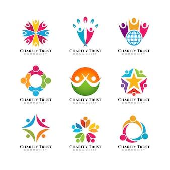 Trabajo en equipo y plantilla de logotipo de la comunidad