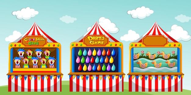 Tres casetas de juego en el circo.