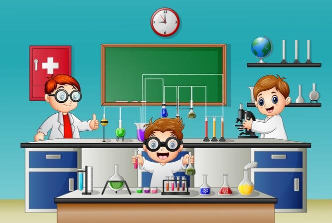 Tres niño haciendo experimento en el laboratorio