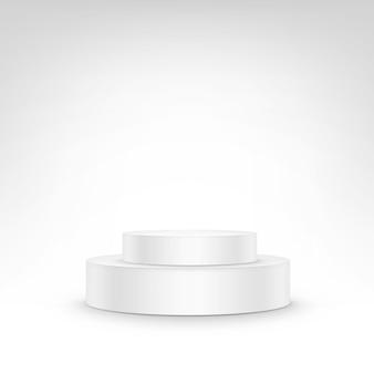 Tribuna de podio blanco de pie sobre fondo blanco.