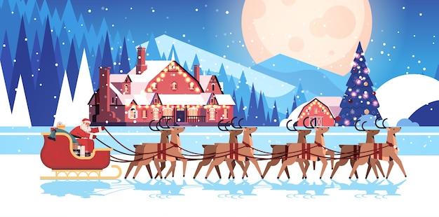 Trineo de montar a caballo de santa con renos feliz año nuevo y feliz navidad tarjeta de felicitación concepto de celebración de vacaciones noche paisaje de invierno fondo horizontal ilustración vectorial