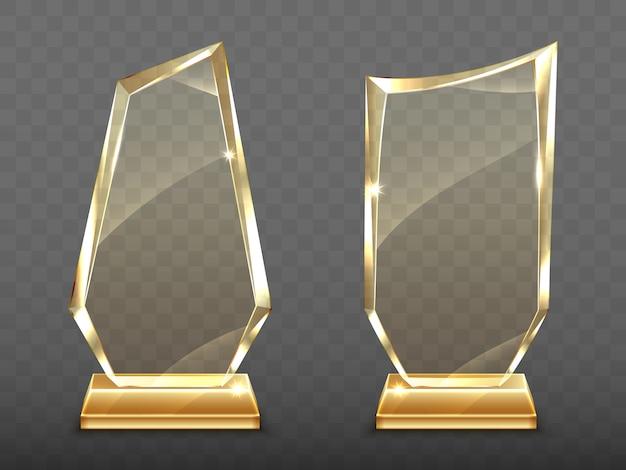 Trofeos de cristal realistas en base de oro
