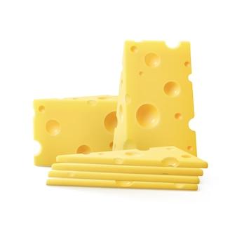 Trozos triangulares de queso suizo de cerca aislado sobre fondo blanco.