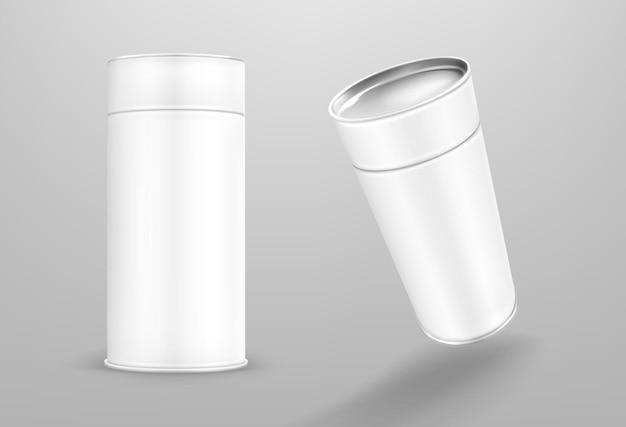 Tubo de papel blanco aislado sobre fondo gris