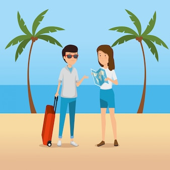 Turista de hombre y mujer con mapa global en la playa