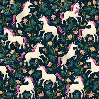 Unicornios sobre un fondo oscuro con un bosque de hadas. patrón sin costuras