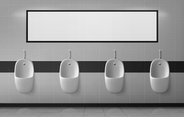 Urinarios en baño masculino colgando en fila en la pared de cerámica con pancarta vacía o espejo