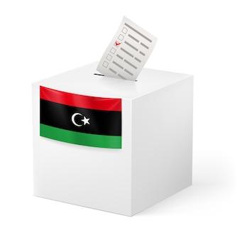 Urna con papeleta de votación. libia
