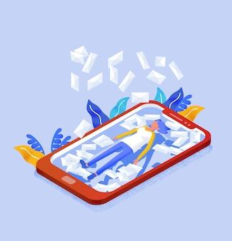 Usuario de internet femenino acostado en la pantalla del teléfono móvil gigante y cartas en sobres cayendo sobre ella