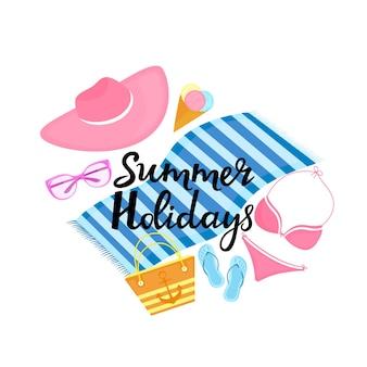 Vacaciones de verano letras dibujadas a mano. bolsa de playa, traje de baño, lentes de sol, sombrero para el sol, pantuflas, helado, toalla.