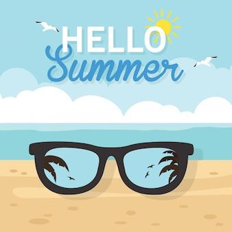 En vacaciones de verano, playa borrosa de verano, con diseño de tarjeta de gafas de sol.