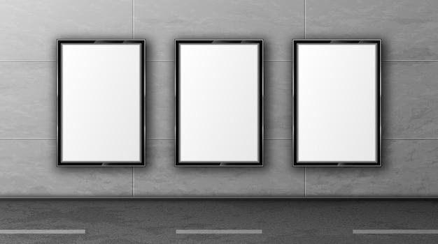 Vallas publicitarias en blanco en la pared de azulejos