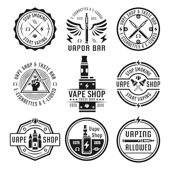 Vape shop y barra de vapor, cigarrillo electrónico y líquido electrónico, conjunto de etiquetas monocromáticas, insignias, emblemas aislados en blanco