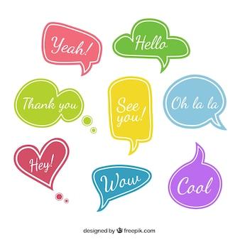 Variedad de globos de diálogos de colores