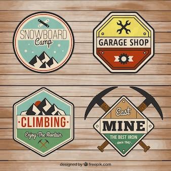 Variedad de insignias retro