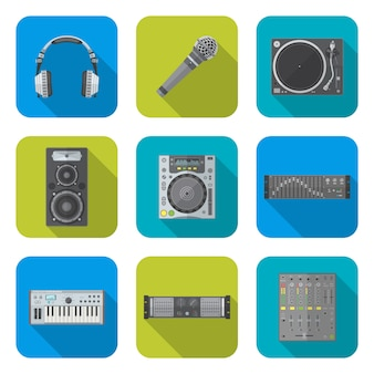 Varios iconos de dispositivos de equipos de dj de sonido de diseño plano de color establecen fondo cuadrado