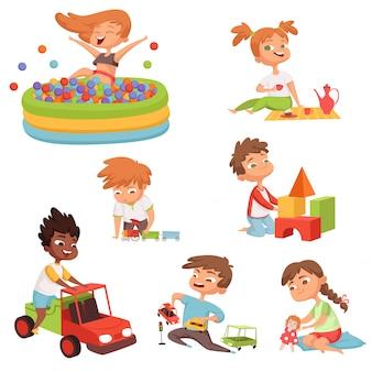 Varios juegos y juguetes para niños en edad preescolar.