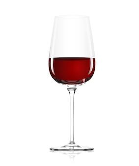 Vaso transparente con vino tinto sobre fondo blanco.