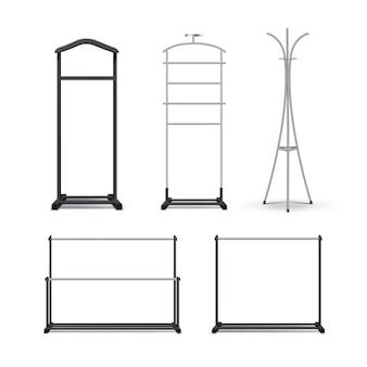 Vector conjunto de metal negro, percheros de madera y soportes vista frontal aislado sobre fondo blanco.