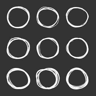 Vector conjunto oscuro de círculos de garabatos dibujados a mano