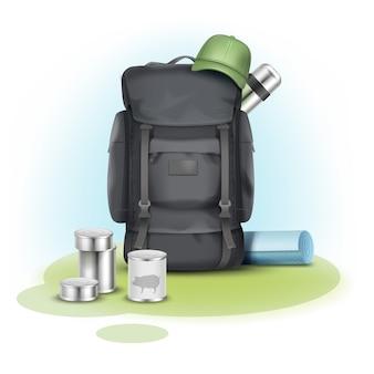 Vector cosas de camping gran mochila gris, gorra verde, alfombra azul, termo y productos enlatados en el fondo
