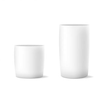 Vector de dos realistas maceta blanca aislada sobre fondo blanco.